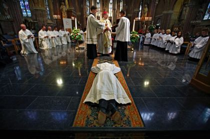 <strong>Diakenwijding door bisschop Wim Eijk</strong>