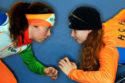 <strong>Zusjes Antoinette en Michelle de Jong</strong>
